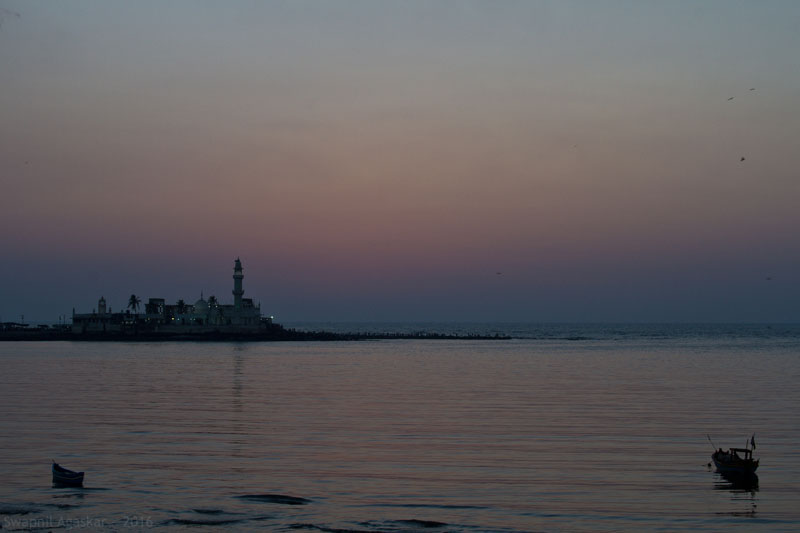 The calm after sunset at Haji Ali promenade